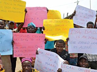 Traders protest against proposed demolition, takeover of market