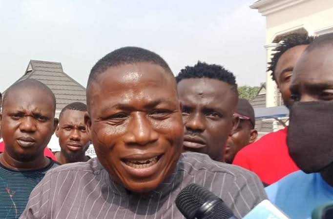 A must read[NEWS]-Sunday Igboho cancel Lagos rally, narrate how men in 'soja uniform' attack in Ibadan house
