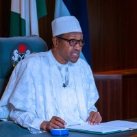 Happy Nigerians: Nigeria orders senior workers to resume work on Monday